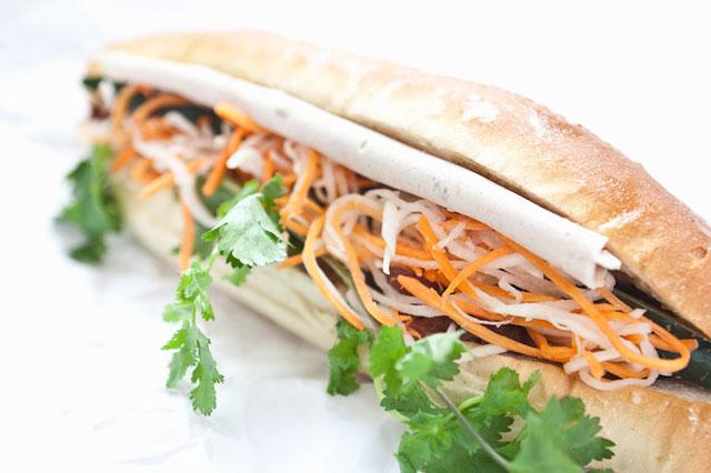 Bánh mì Việt tại Banh mi Saigon Bakery