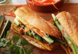 Thưởng thức bánh mì Việt tại New York