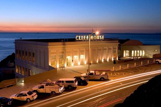 Cliff House, một trong những địa điểm thưởng thức ẩm thực độc đáo ở thành phố San Francisco