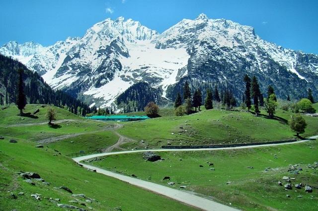 Khung cảnh thiên nhiên tuyệt đẹp ở Kashmir
