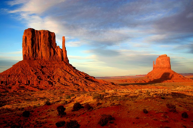 Khung cảnh thung lũng Monument Valley