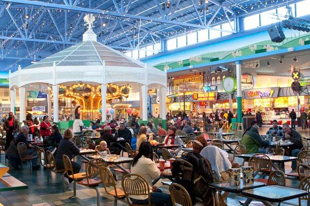 Discover Mills luôn thu hút lượng khách khổng lồ đến tham quan, mua sắm