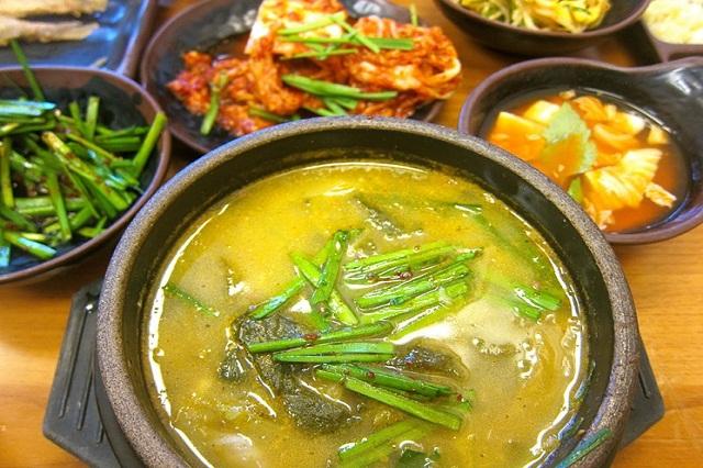 Món súp trạch ở đây có nước dùng thơm ngọt và đậm vị