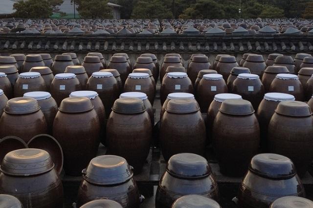 Những sản phẩm gốm tại làng Onggi