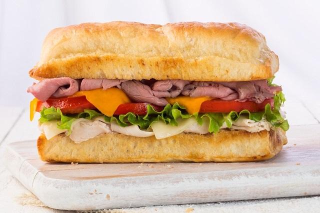 """Những chiếc bánh Sandwich ở Earl of Sandwich sẽ khiến bạn phải """"phát thèm"""""""