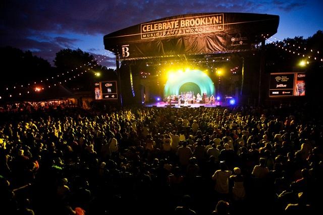 Giải trí và xem hòa nhạc miễn phí công viên Prospect cũng là trải nghiệm thú vị