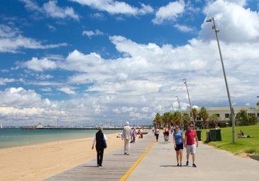 Tham quan bãi biển St Kilda đẹp nhất Melbourne