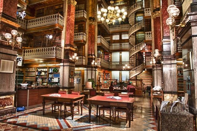 Thư viện Luật bang Iowa có kiến trúc mang dáng dấp của khách sạn hoàng gia