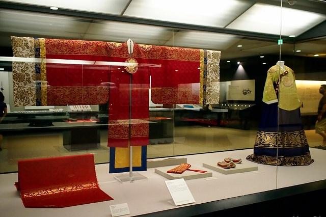 Bảo tàng Cung điện Quốc gia Hàn Quốc chính là nơi sưu tập các hiện vật tái hiện tất cả các khía cạnh trong cuộc sống thời Joseon