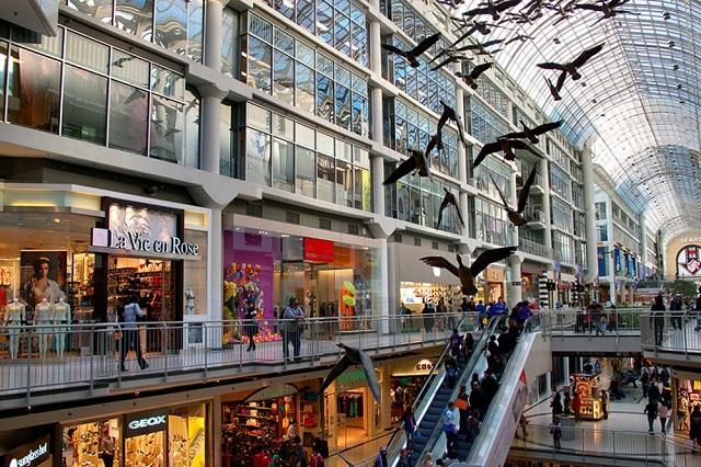 Trung tâm mua sắm này thu hút rất nhiều sự quan tâm từ du khách khắp nơi