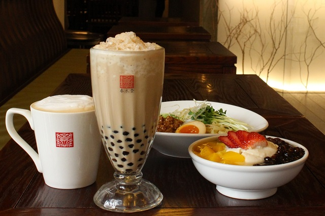 Thưởng thức trà sữa Chun Shui Tang là điềm bạn nên thử khi tới Đài Loan