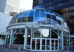 Những địa điểm mua sắm nổi tiếng ở Vancouver