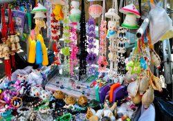 Du lịch Hà Nội dịp Tết nên mua gì về làm quà?